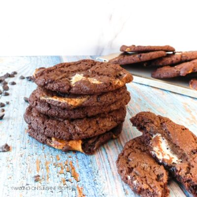 Hot Chocolate Marshmallow Cookies