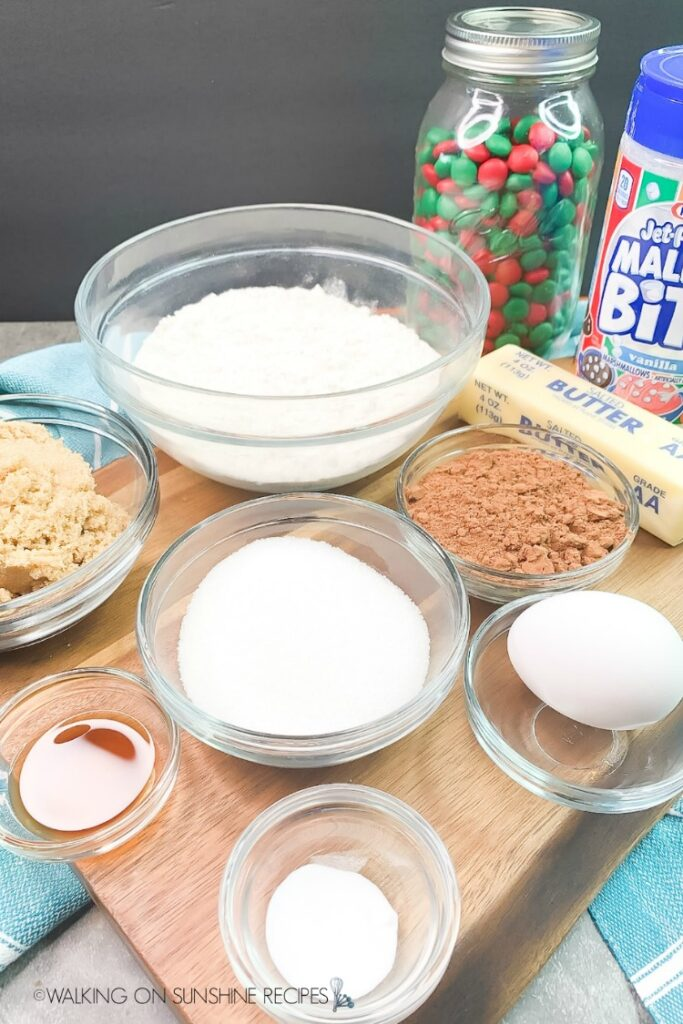 Ingredients for Marshmallow Christmas Cookies