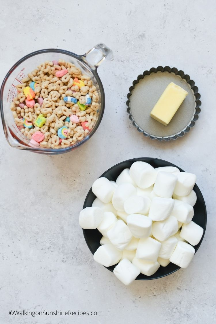 Ingredients for Lucky Charms Cereal Bars.