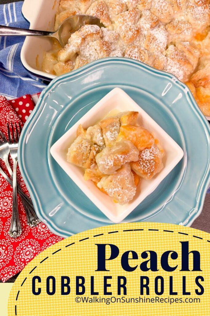 peach cobbler on blue plate.
