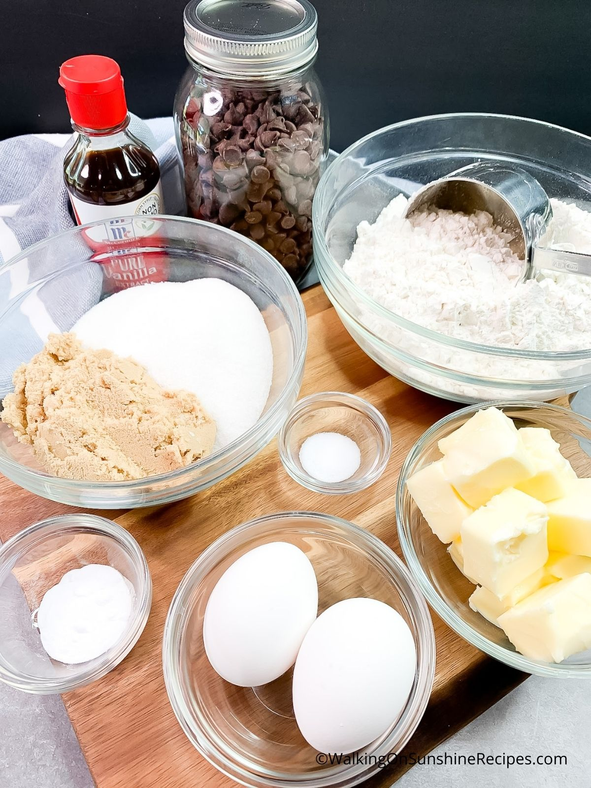 Ingredients for Giant Chocolate Chip Cookie.