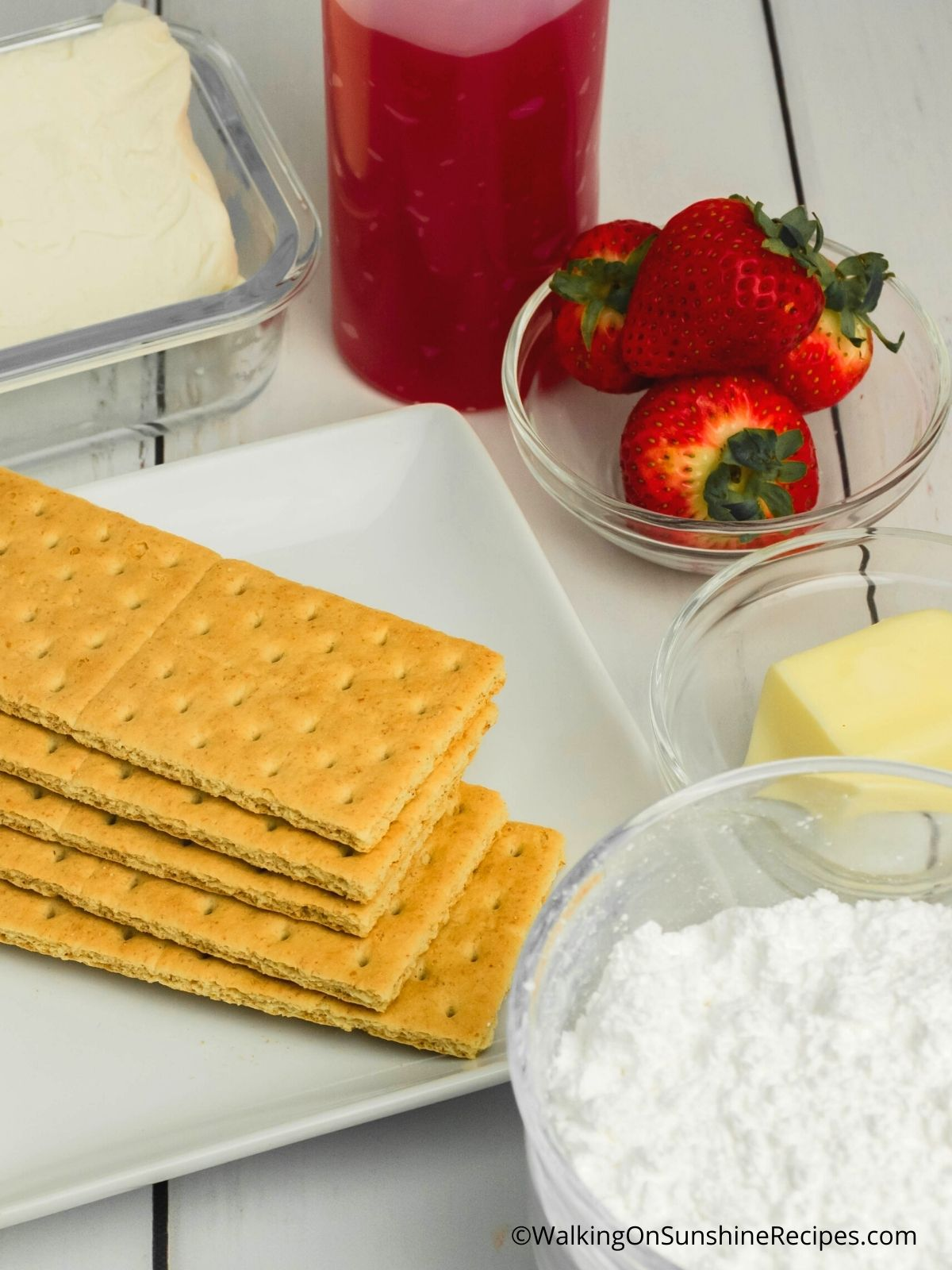 Ingredients for cream cheese vanilla pudding mini cheesecakes.